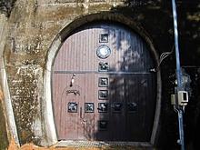 天然ワインセラー古いトンネル使用①